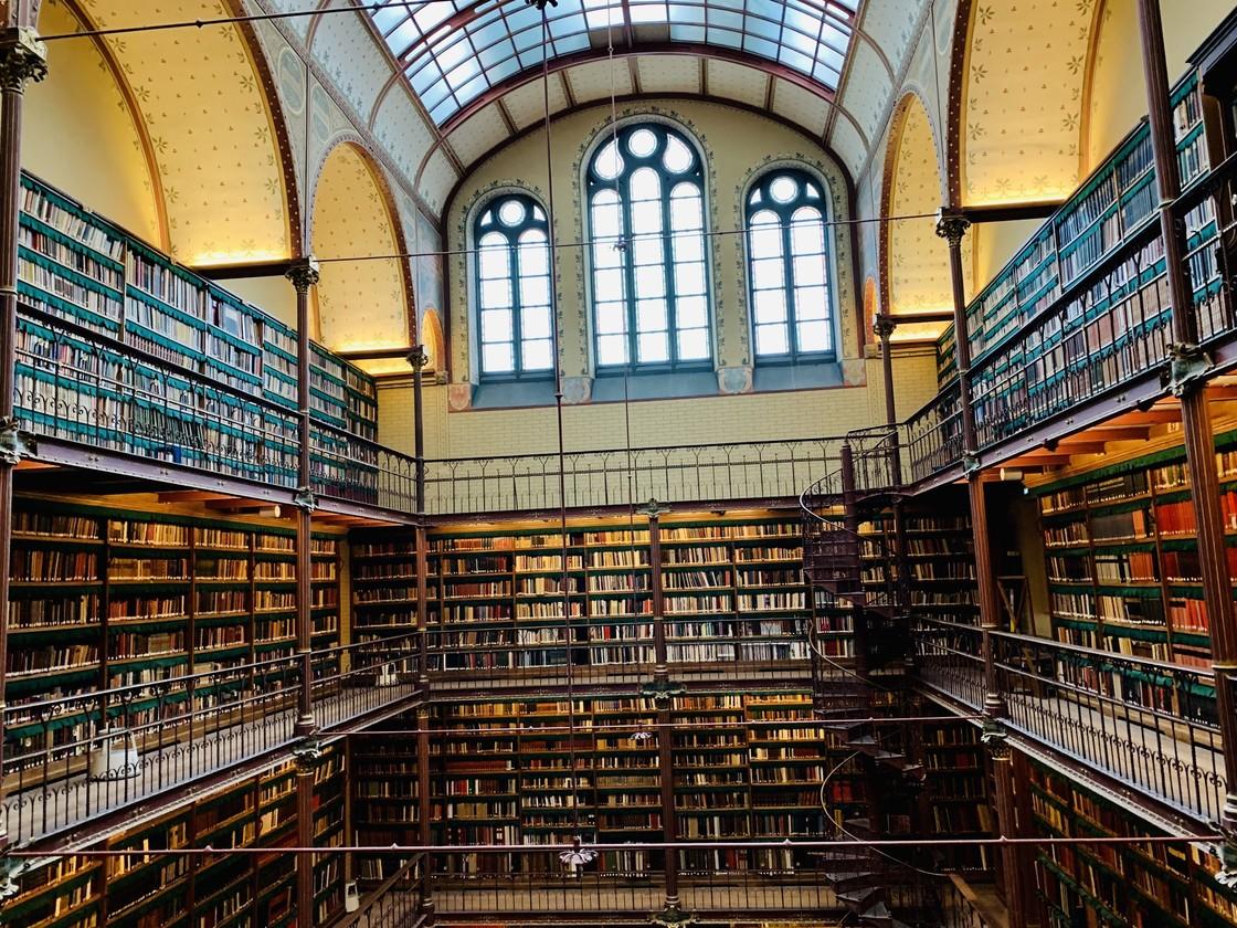 阿姆斯特丹国立博物馆图书馆 by 阿乐