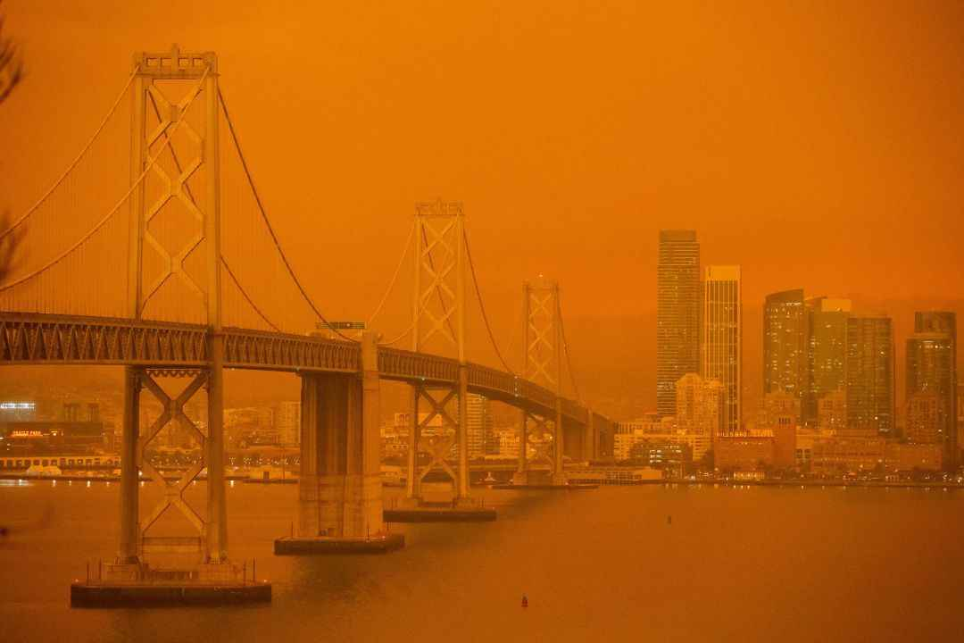 How smoke from California wildfires turns the sky red - Los Angeles Times