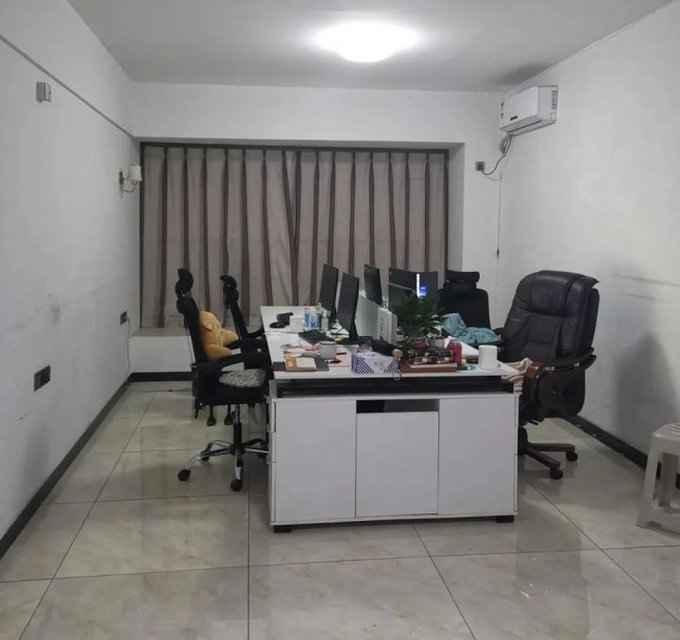 戴森球开发者办公室