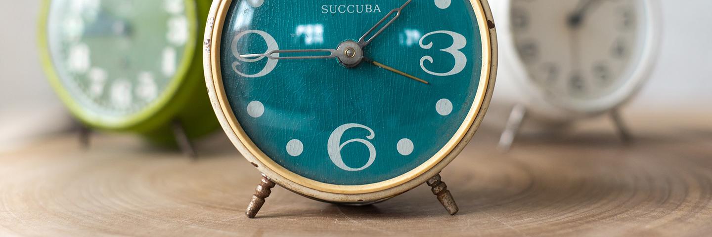 和贪睡迟到说再见,这 5 款闹钟总有一款能叫醒你