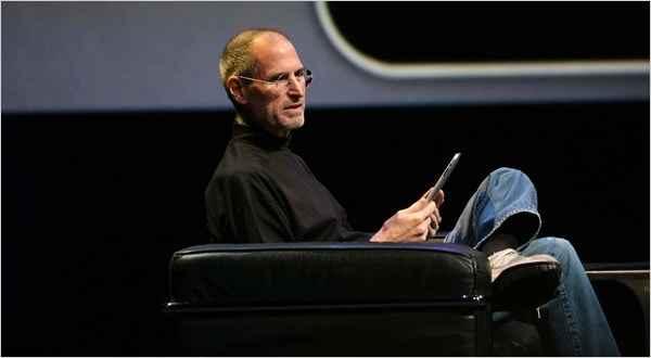 乔布斯演示 iPad 使用场景